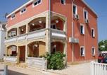 Location vacances Vir - Apartment in Vir/Insel Vir 7472-1