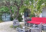Location vacances Carnoux-en-Provence - Piscine vue sur le cap canaille-2