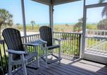 Location vacances Placida - Beach Villa Two Bedroom Villa-1