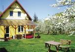 Location vacances Chełmno - Four-Bedroom Holiday home Chelmno with a Fireplace 07-1