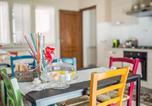 Location vacances Santa Venerina - Modern Apartment in Zafferana Etnea with Terrace-4
