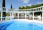 Location vacances Beaucaire - Beaucaire Villa Sleeps 15 Pool Wifi-3