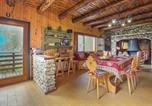 Location vacances Castello Tesino - Nice home in Lamon (Bl) w/ 3 Bedrooms-2