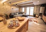 Location vacances Cerklje na Gorenjskem - Two-Bedroom Apartment in Cerkije na Gorenjskem-1
