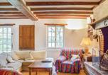 Location vacances  Loir-et-Cher - Four-Bedroom Holiday Home in Beauchene-2