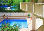 Location vacances  Province de Tarragone - Red Room Apartment - Mediterranean Way-1