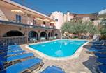 Hôtel Ασινη - Kleoni Club Apartments-1