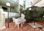 Location vacances Gallipoli - Baia Verde Apartment Sleeps 6 with Air Con-2