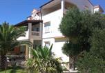 Location vacances Banjol - Apartments with a parking space Banjol, Rab - 14134-2