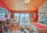 Location vacances Lake Geneva - Updated Cabin on 7 Acres - Near Lake Geneva!-1