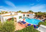 Location vacances Cala en Blanes - Cala'N Blanes Villa Sleeps 10 Pool Air Con Wifi-1