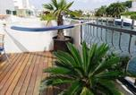 Location vacances Empuriabrava - Three-Bedroom Holiday Home Empuriabrava Girona 1-2