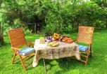 Location vacances  Province d'Arezzo - Luxurious Farmhouse in Cortona with Pool-4