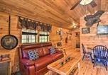 Location vacances Bridgeport - Pet-Friendly Semper Fi Cabin with Fire Pit!-4