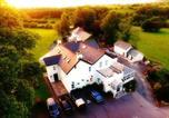 Hôtel Llanfrynach - White House Country Inn-1