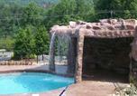 Location vacances Gatlinburg - White Oak Lodge and Resort Three Bedroom Cabin #209-2