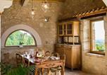Location vacances  Lot et Garonne - Laparade Villa Sleeps 4-3