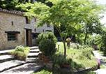 Location vacances Loiano - Spacious Apartment in Emilia-Romagna with garden-1