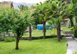Location vacances  Province de Côme - Giardino del Convento-1