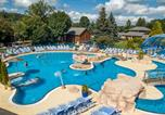 Camping 4 étoiles Besse-et-Saint-Anastaise - Camping La Ribeyre