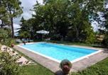 Location vacances  Province de Fermo - Santa Vittoria in Matenano Villa Sleeps 9 Pool Wifi-2