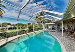 Location vacances Arcadia - Renovated Waterfront Escape - Heated Pool & Dock home-1