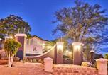 Location vacances  Namibie - Haus Schwerinsburg Guest House-1