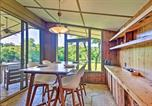 Location vacances West Plains - Mid-Century Modern Cottage with Fire Pit and Deck-3