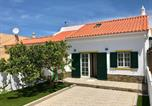 Location vacances Vila do Bispo - Sagres House - Large patios, free wifi, parking-1