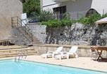 Location vacances Saint-Cyprien-sur-Dourdou - Chambres d'hôtes La Fontaine-1