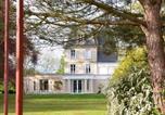 Hôtel 4 étoiles Fontaine-Henry - Chateau La Cheneviere-4