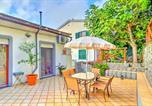 Location vacances Furore - San Michele di Serino Apartment Sleeps 6 Air Con-1