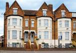 Location vacances Oxford - The Sportsview Guest House-1
