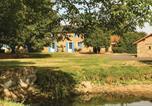 Location vacances  Deux-Sèvres - Holiday home St Aubin du Plain Gh-1372-4