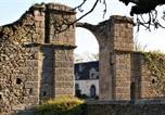Hôtel Ambrières-les-Vallées - Château de la Chasse-Guerre-1