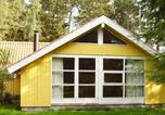 Location vacances Rødby - Two-Bedroom Holiday home in Rødby 13-4