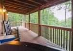 Location vacances Blue Ridge - Moonshine Hollow Cabin-1