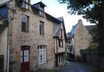 Location vacances Saint-Samson-sur-Rance - Chambres d'hôtes Le Rempart du Jerzual-1