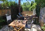 Location vacances Spéracèdes - Maisonnette en résidence avec piscine et tennis-4