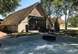 Location vacances Neuvy-sur-Barangeon - La Grange De Léonie-1