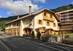 Location vacances  Ain - Relais Mont Jura Adults Only-1