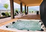Location vacances Beroun - Luxury Spa Villa-2