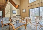 Location vacances North Conway - All-Season North Conway Condo with Private Hot Tub!-1