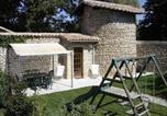 Location vacances  Drôme - Holiday home chateaux du cros-1