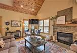 Location vacances Waynesboro - Tranquil Cabin with Deck the Wintergreen Resort-1