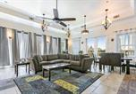 Location vacances New Orleans - Hosteeva Luxury 4 Br Modern Condo on Carondelet Near All Hot Spots-1