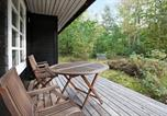 Location vacances Glesborg - Two-Bedroom Holiday home in Glesborg 23-1