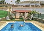 Location vacances Galera - Two-Bedroom Holiday Home in Baza-1