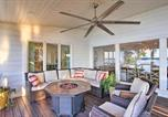 Location vacances Tulsa - South Grand Lakefront Oasis with Deck and Dock!-3
