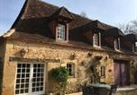Location vacances Les Eyzies-de-Tayac-Sireuil - La Tuilerie Grange (Adults only gite) with two en-suite double bedrooms-2